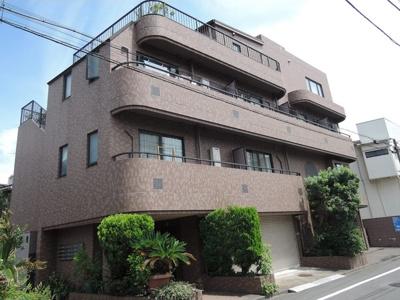 京浜急行線「梅屋敷」徒歩16分のエキチカマンションです。