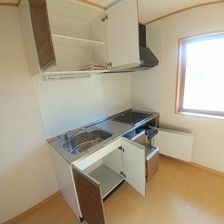 【キッチン】スジェールハウスB