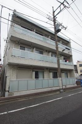 東急多摩川線「矢口渡」駅より徒歩5分の駅チカ築浅マンションです。