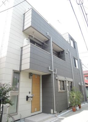 京浜急行線「雑色」駅より徒歩3分のマンションです