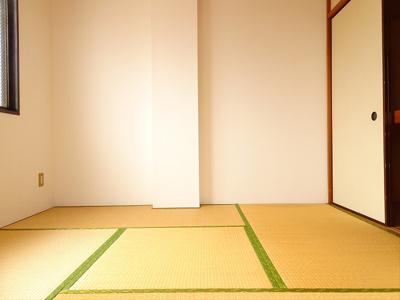 【寝室】ソレイユ・川村