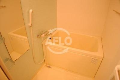 アドバンス心斎橋グランガーデン 清潔な浴室