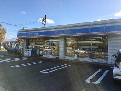 ローソン富山上冨居店まで550m