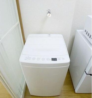 洗濯機置き場は室内にあります♪