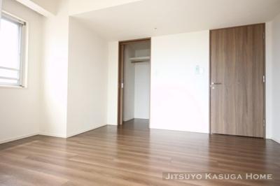 【居間・リビング】メゾンカルム本郷
