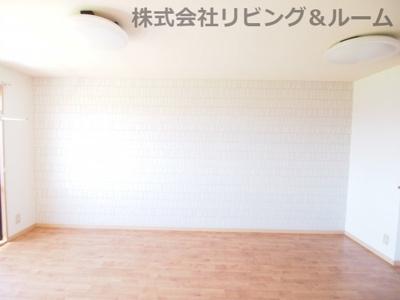 【居間・リビング】トゥールモントⅠ