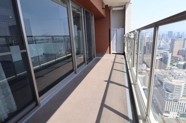 【風呂】浴室TV付!浴槽1620サイズ!!日々の疲れをゆっくり癒して頂ける空間です♪