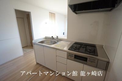 【キッチン】ラ・グラシューズⅡ