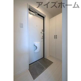 【玄関】プレミア清水