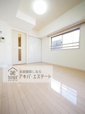 【居間・リビング】ガラ・グランディ日本橋