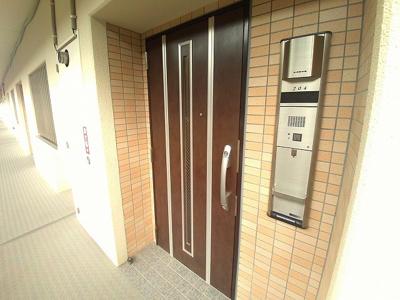 【玄関】グランド・ルー浅川学園台ネオシティ(No.736)