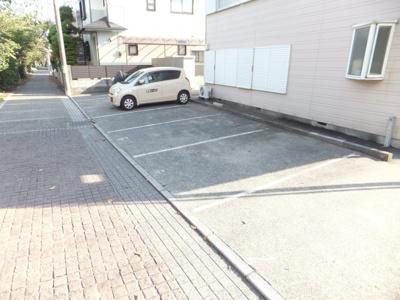 【駐車場】ブルーボネット