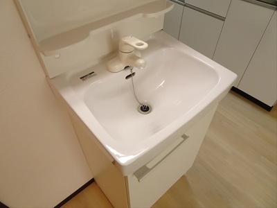 【玄関】パインフラッツ