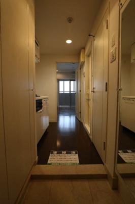 【玄関】パレステュディオ赤坂弐番館