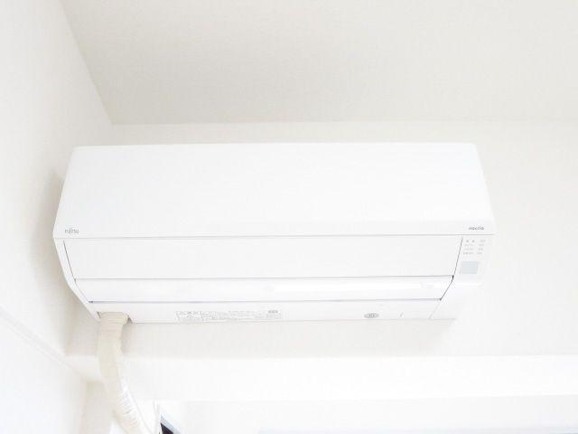 こちらのお部屋にはエアコン設置済みなので、入居してすぐから快適に生活を始められます♪