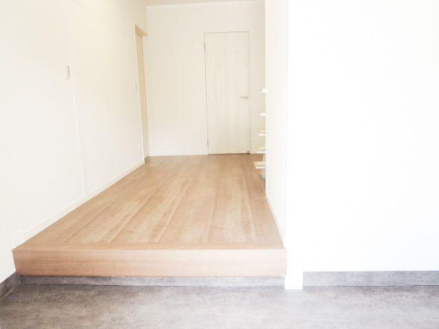 広い玄関スペースはご家族が多いご家庭にもおすすめです