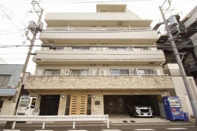 東急多摩川線「鵜の木駅」徒歩1分の分譲賃貸マンションです。