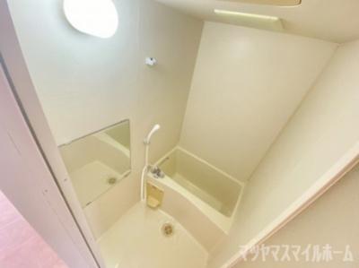 【浴室】ケイ・キュービック
