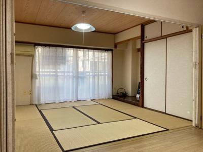 8帖和室 床の間 天袋付き押し入れでたっぷり収納できます