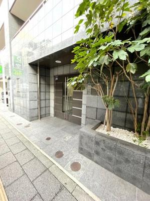 【エントランス】メインステージ上野