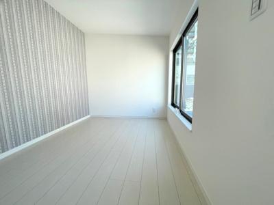 3階洋室(4.3帖)の別角度になります。