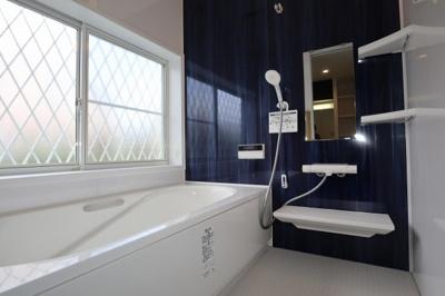 浴室の広さもゆとりがあります!