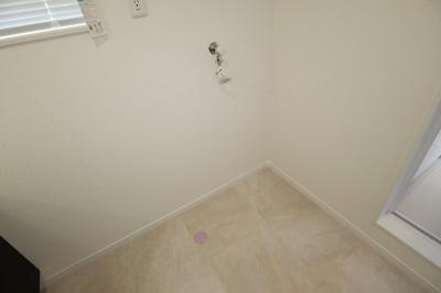 洗面所も広くてすっきりしております!