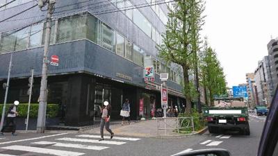 セブンイレブン台東駒形1丁目店まで730m