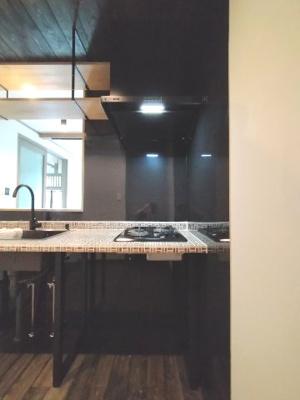 キッチン下は空いていますので、お好きにDIYやキッチン家電をおくのも良いですね♪