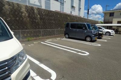 【駐車場】レディバードポイントA