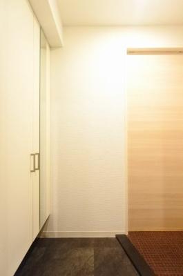 【玄関】レジデンストレゾールデュー