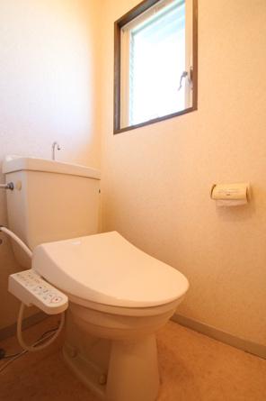A203 温水洗浄暖房便座