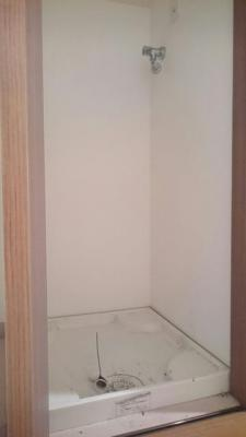 洗濯機置場 扉付き