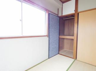 北側の和室の収納です。