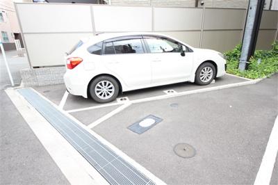 【駐車場】LEGESTA大阪レジデンス
