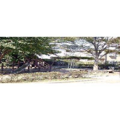 公園「柳窪西緑地まで864m」