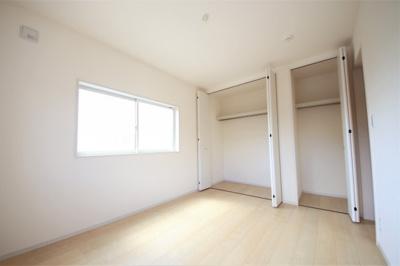 2号棟 ちょっとした収納スペースも充実しています