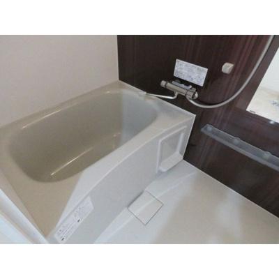 【浴室】ガーベラ