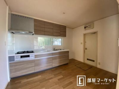 【キッチン】小坂本町借家