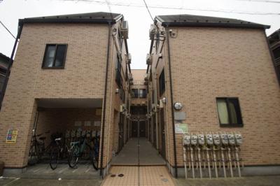 京急蒲田駅徒歩7分のアパートです