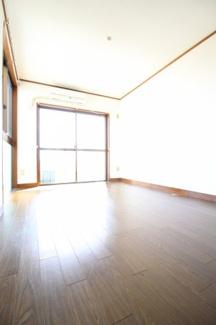 【居間・リビング】クレール六甲