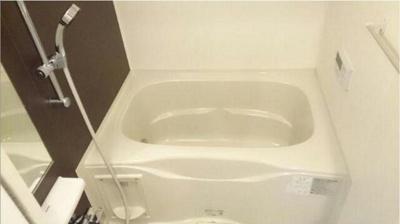浴室乾燥機・追い焚き機能付きバスルーム
