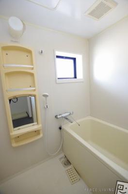 【浴室】メゾネットクレールB