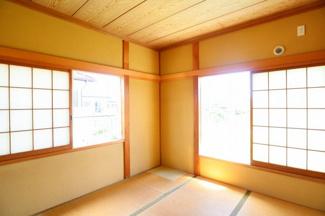 落ち着きのある和室!