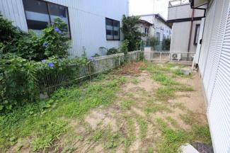 ちょうどいい広さのお庭付き!