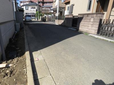 【前面道路含む現地写真】川越市上野田町2期 4LDK 新築戸建