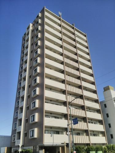 9階部分の南向きにつき陽当り・眺望良好 玄関ポーチあり 新規内装リノベーション 住宅ローン減税適合物件