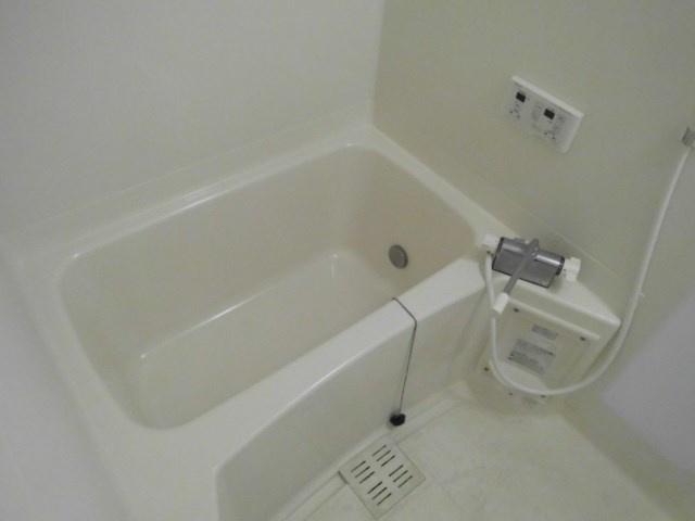 【浴室】ウィステリア・K