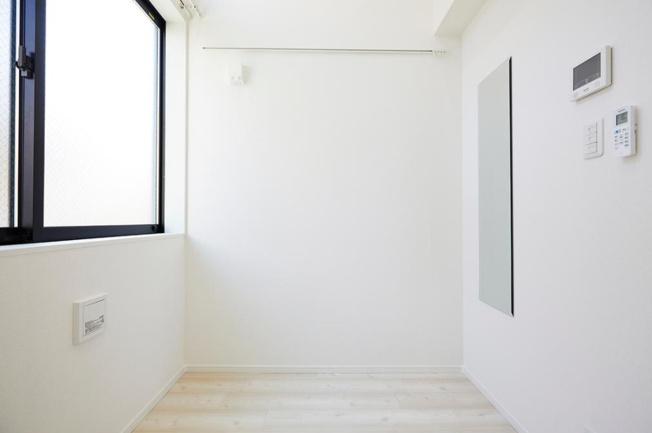 【寝室】スマイエ高円寺