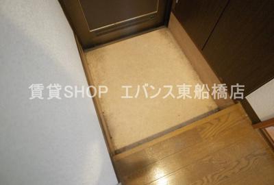 【玄関】プラザ・シャトーB